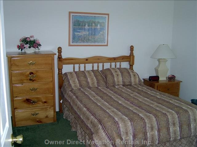 Full Size Bed in Second Bedroom.