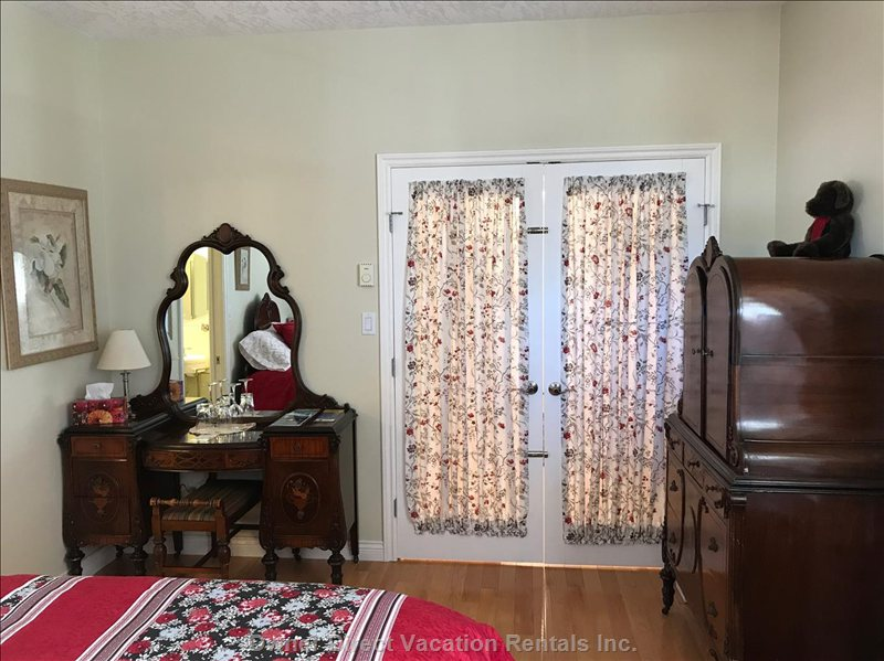 Matching Early 1900 Era Dresser and Hutch