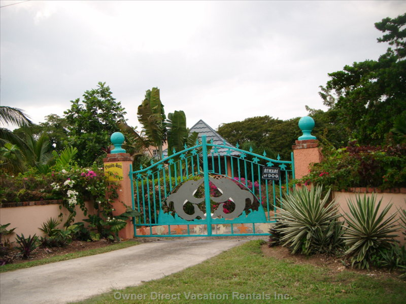 Entrance to our Beautiful Property.