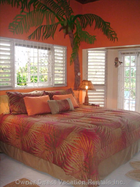 1st Master Bedroom on Main Floor with Private Bathroom, Overlooking the Pool.
