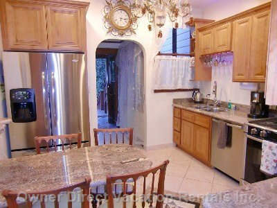 Remodeled Granite Kitchen, all Stainless Steel Appliances, Italian Chandelier