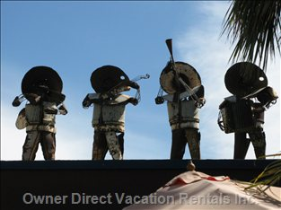 Mariachis on the Roof at the Hotel