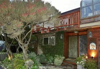 Best Beach House in Santa Cruz and Capitola!