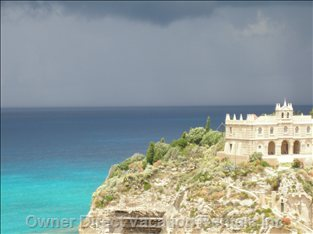 Tropea, a few Hours South, Beautiful!