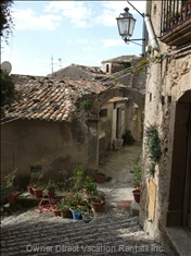 Side Street in Gerace