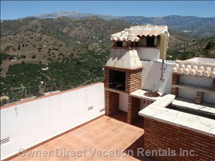 Roof-top Terrace with Mountain Views, Bbq, Bar, Jacuzzi