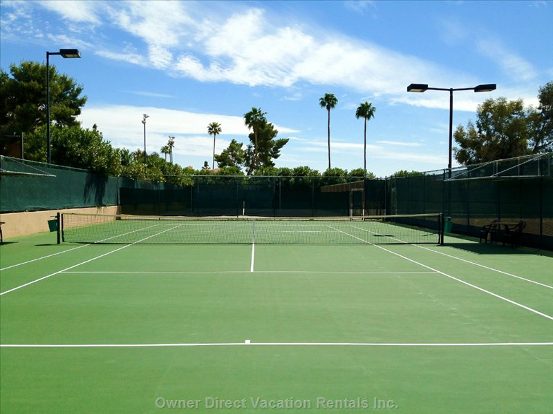 Tennis & Beach Volleyball Courts on-Site