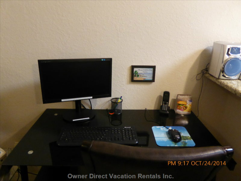 Computer in Room for Guest Use.