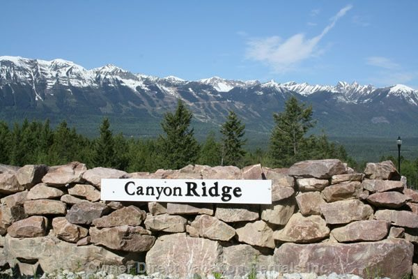 Entrance to Canyon Ridge Mountain Community