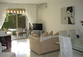Luxury Two Bedroom Apartment - 10 Minute Walk to the Palais des Festivals