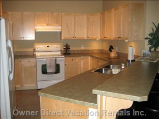 Sicamous - the Narrows - Kitchen