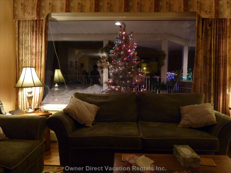 Main Living-room at Xmas