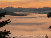 Sunrise over the Monashee'S - View from Livingroom  and Master Bedroom