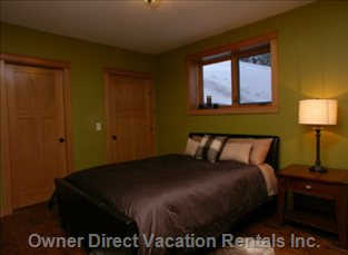 3rd Bedroom - Queen Bed - Dual Closets, Separate Heating Zone