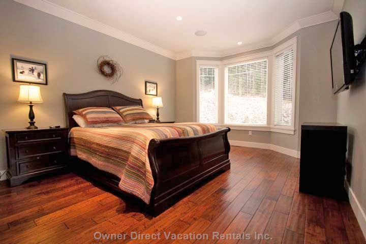 Master Bedroom C/W Ensuite (Top Floor)