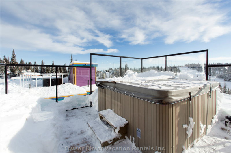 Relax in the Rooftop Hot Tub While Enjoying Almost 360 Degree Views of the Mountain.