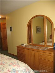 Master Bedroom - Big Closet, Lots of Drawers and your Private  Ensuite.