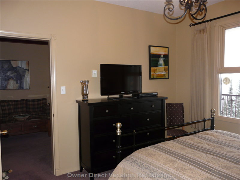 Master Bedroom Dresser with Flatscreen