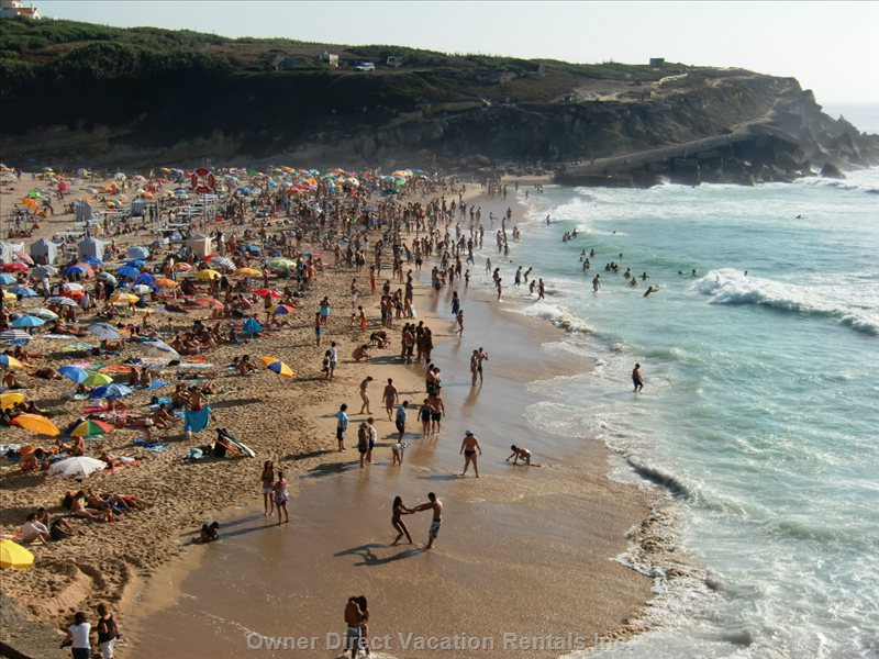 Praia Das Macas Beach (800 Meters Distance)