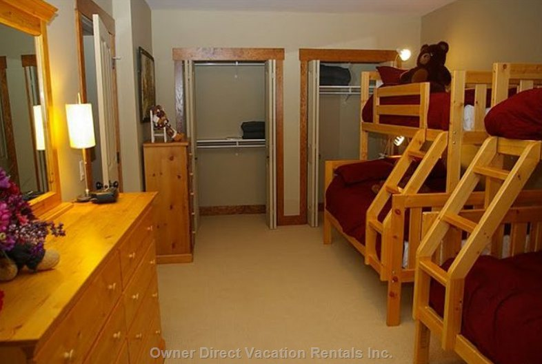 Bunk Room - Second Floor