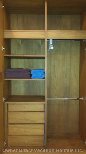 Wardrobe Whit Towels.