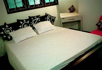Cosy 02 Bed Apartment in Colombo City Entry -Sri Lanka
