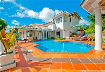 Luxury Villa with Pool, Private Jetty and Tropical Garden