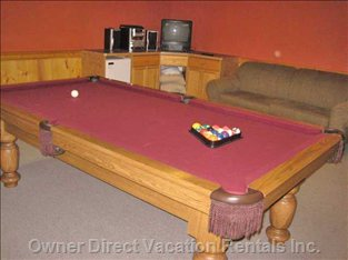 Pool Table in 'Main House' - Also a Queen Sofabed