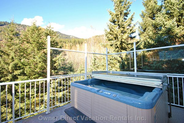3 Bedroom , Sleeps 9, Hot Tub, and in-Suite Laundry! - Sun Peaks Short Term Rental Apartment #207749