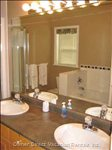 Ensuite Bathroom - Tub, Shower, Dbl Sinks, Toilet