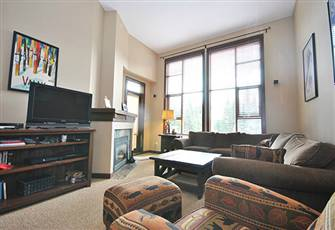 Great Two Bedroom Condo!