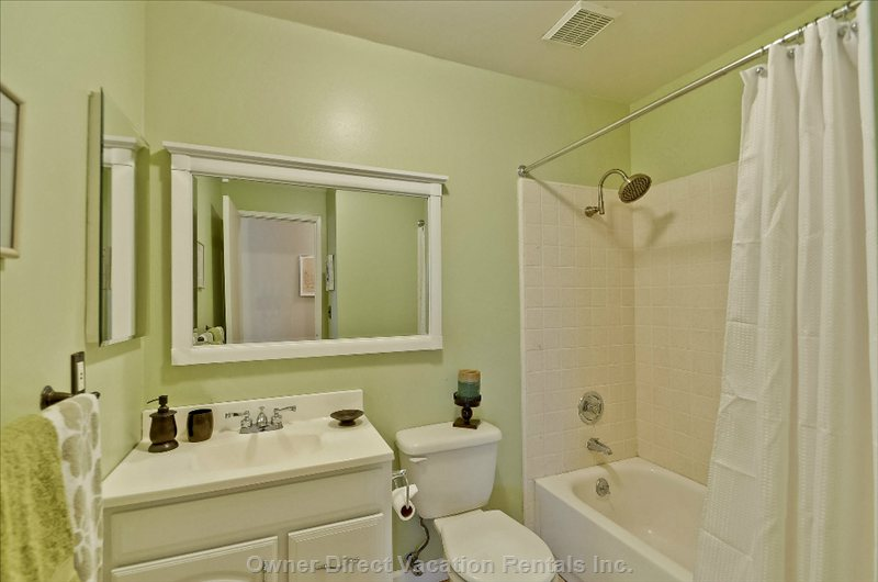 2nd Bathroom with Tub and Shower