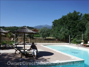 Enjoy View of Mount Etna from the Lovely Shared Pool