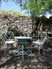 Relax in the Romantic and Secluded Courtyard