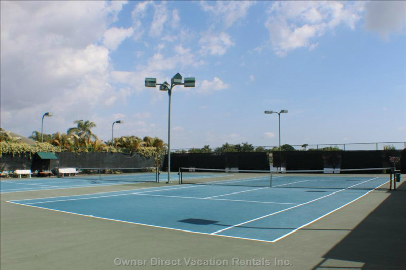 4 Tennis Courts all with in Walking Distance of the Condo.
