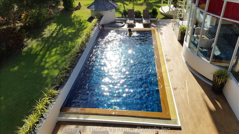 Private Swimming Pool with Salt Water System