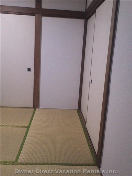 Tatami Mats and Sliding Door to Provide an Authentic Japanese Feel.