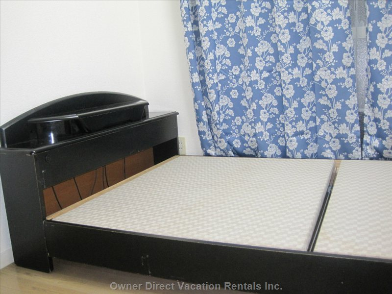 Bed with no Mattress