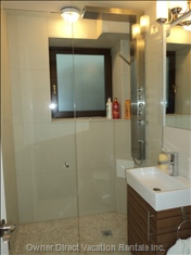 Modern and Clean Bathroom with Glass Shower