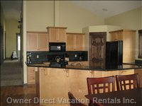 Kichen - Fully Equipped Kitchen with Granite Counter Tops