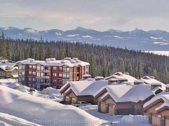 Fantastic view of Monashee Mountains