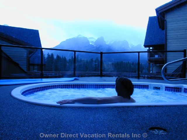 Perfect hot tub view in Canmore