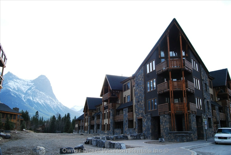 Rundle Cliffs Luxury Lodge, ID#206148