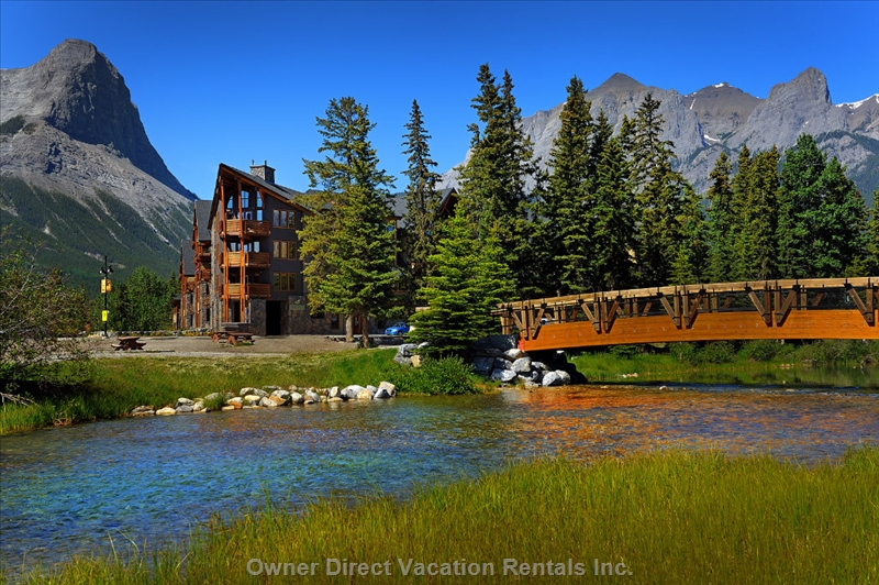 Your luxurious mountain home away from home