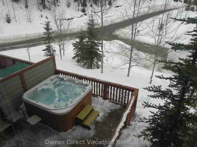 Spacious ski-in / ski-out townhome on Grey Wolf Golf Course, ID#204034 border=