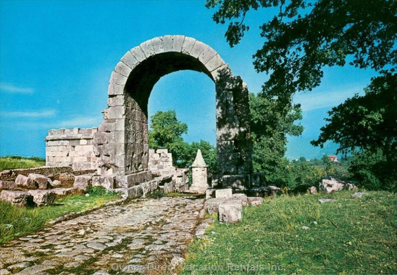 Carsulae Roman Ruins just 30 minutes walk from farmhouse, ID#206740