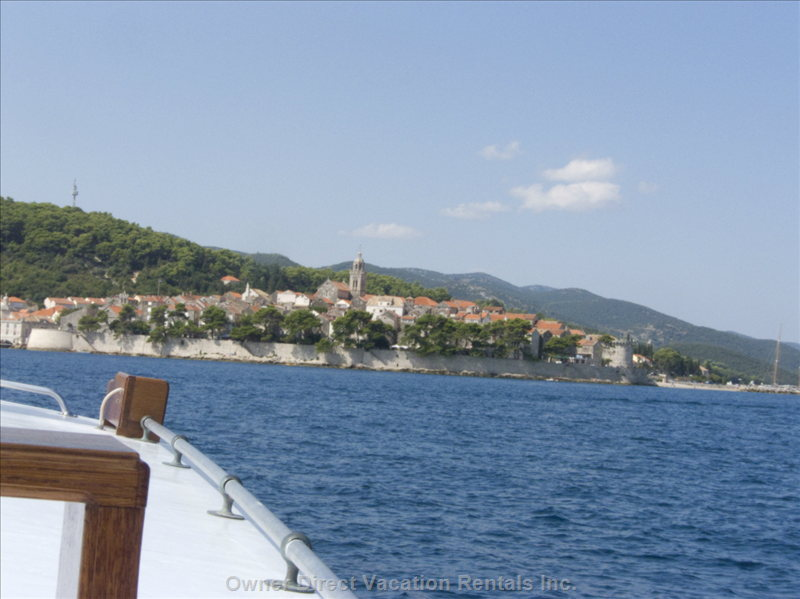 View of Korcula from the Boat - for those Looking for more the Just Lounging on the Beach There is much to See. Less than 20 Min Away on the other Side of the Peninsula you Can Catch the Boat to the Historical Fortified Town of Korcula, the Birthplace of Marko Polo, Just across the Channel.