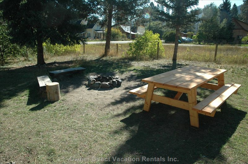 Firepit and Picnic Area.