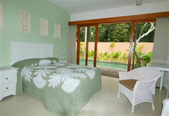 Superior Air Conditioned Room 4 - Overlooking a Beautiful Shared Lap Pool