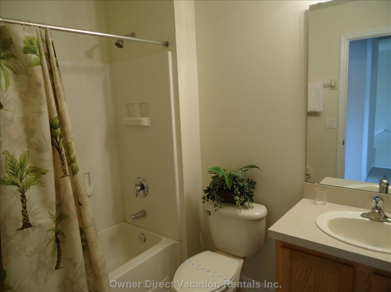Second Bathroom, Shared for Twin Bed Rooms